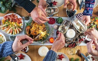 HOW TO SAFELY CELEBRATE THE HOLIDAYS